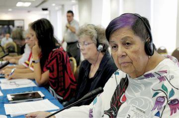 """La """"abuelita"""" indígena que dio una lección a Canadá"""