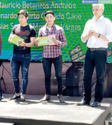 Joven chuquisaqueño gana oro en certamen nacional