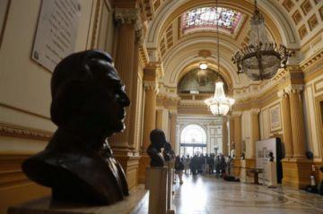 """OEA pide calma ante crisis en Perú y ve """"constructivo"""" llamado a elecciones"""