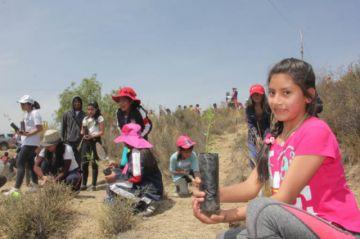 El reto de plantar árboles se cumple entre reclamos