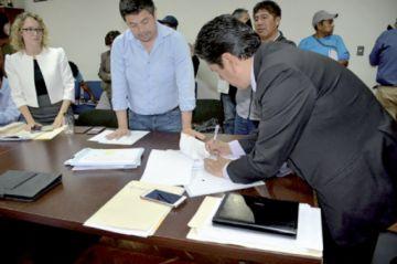 Suscriben el contrato para Sucre III y IV