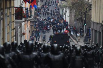 Detenciones en segundo día de protestas en Ecuador bajo estado excepción