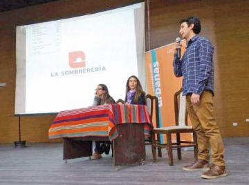 Presentan el logo para La Sombrerería