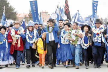 Evo y Mesa van a El Alto  y exhiben toda su fuerza