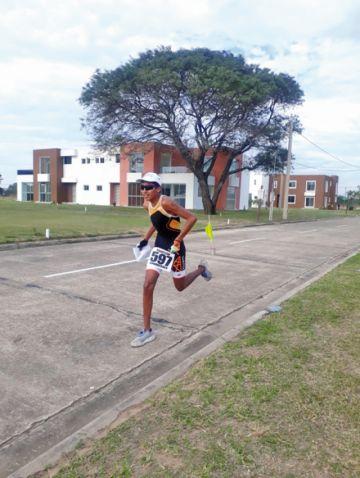 Tres triatletas de Sucre  apuntan a los Juegos