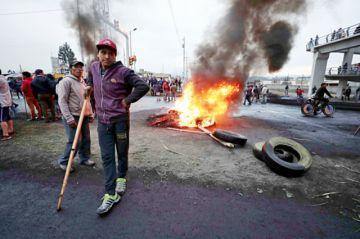 Ecuador: Indígenas elevan protesta contra el gobierno