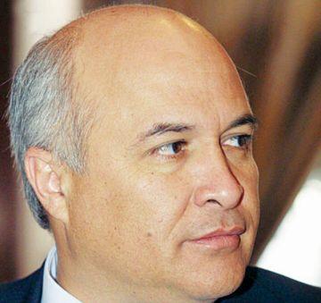 Balcázar acusa a Mesa de dividir a la oposición
