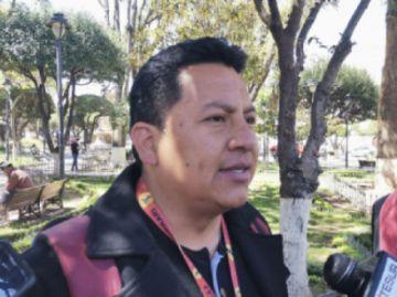 """Denuncian a funcionarios  por la """"venta de obras"""""""