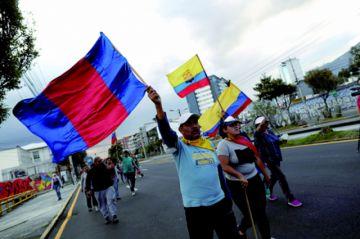 """""""Toque de queda"""" pone en jaque  diálogo  en Ecuador"""