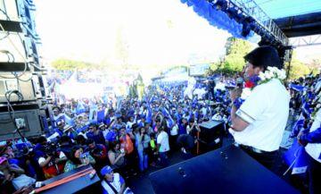 Campaña: Evo promete doble vía Sucre-Yotala