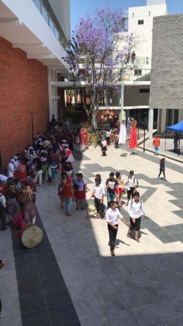 Un recorrido por una sala de La Sombrerería, que se inaugura hoy en Sucre