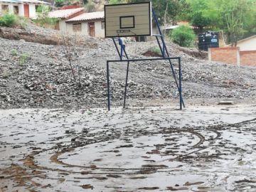 Granizo deja fuertes daños en comunidades del Distrito 7