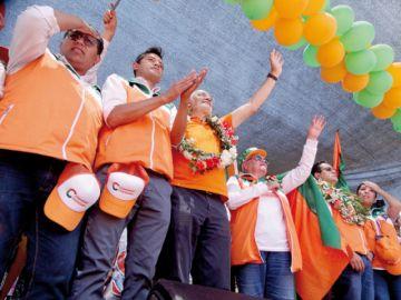 Mesa pide voto consciente al cerrar campaña en Sucre