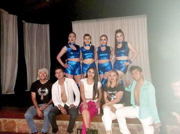 Fénix se luce en Festival de Danzas Internacionales