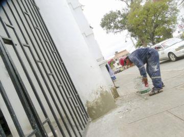 Se refaccionan nichos cerca a Todos los Santos