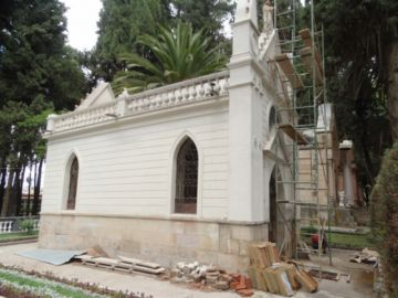 Restauran cripta para notables de la historia