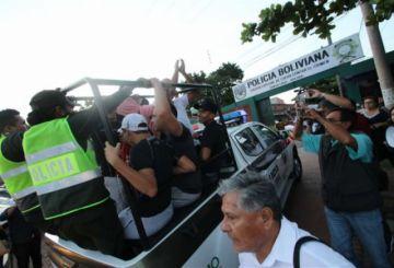 Liberan a algunos de los arrestados por choques en cierre de campaña del MAS
