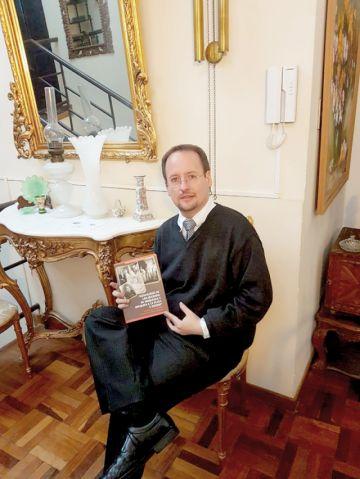 Sergio Gutiérrez publica nuevo libro de genealogía