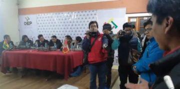 Instalan vigilia en el TED Potosí