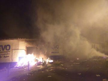 Incendian el TED y casa de campaña del MAS en Sucre