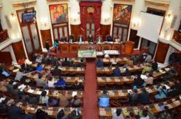 Morales admite que perdió los 2/3 en la Asamblea
