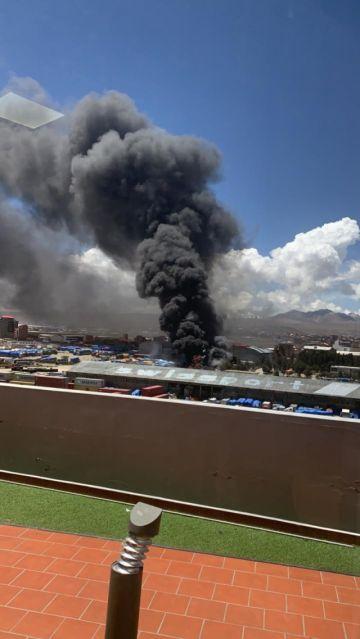 El Alto: Incendio en Aduana causa espanto