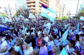 Argentina: El peronismo toca las puertas de la Casa Rosada