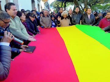 Iglesias evangélicas oran por la paz en Bolivia