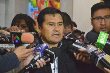 Campesinos declaran bloqueo nacional y se adelantan con cortes en Potosí y Cochabamba