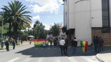 Sucre cumple noveno día de paro cívico