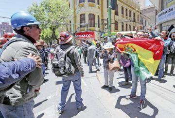 Cabildo cívico se fortalece con los mineros potosinos
