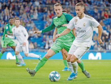 El Real Madrid  golea y encuentra  la tranquilidad