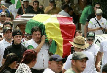 Último adiós a los fallecidos en los enfrentamientos en Montero