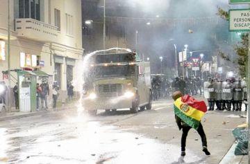 Violencia entre compatriotas en La Paz