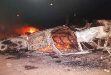 Beni: Conductor echa gasolina a un punto de bloqueo y atropella a una mujer