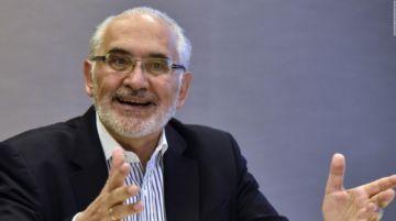 Mesa rechaza acusaciones de que hubiera pagado a Limbert Guzmán por movilizarse