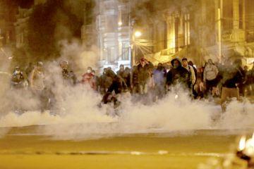 Se avivan los disturbios en La Paz