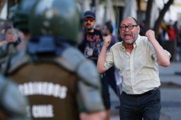 Piñera aprueba un paquete de medidas para frenar violencia