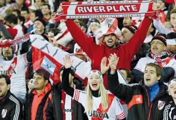 Suben la demanda de pasajes a Lima para la final de copa