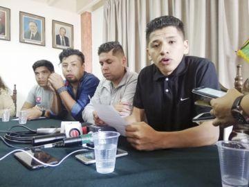 Jóvenes de Sucre llaman a sus pares a la unidad