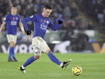 El Leicester gana y sigue segundo  en la Premier