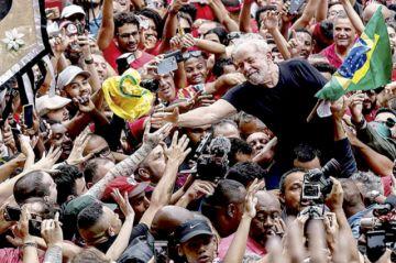 Lula prepara a oposición y Gobierno quiere frenarlo