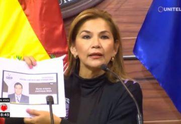 Legislativo tratará este martes las renuncias de Morales y García Linera