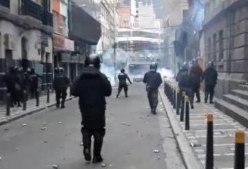 Se registran enfrentamientos entre la Policía y manifestantes de El Alto