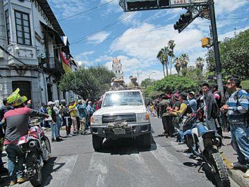 Policía y FFAA refuerzan la seguridad en la ciudad