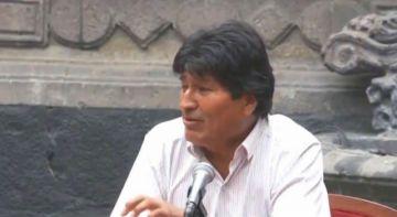 Evo Morales dice que sigue siendo presidente