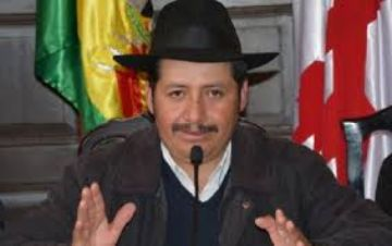 Urquizu todavía no presentó su carta de renuncia