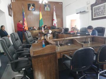 Alcalde legaliza renuncia y Concejo sesionará hoy
