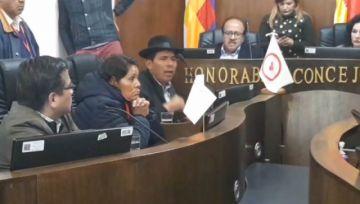 Reanudan sesión del Concejo Municipal