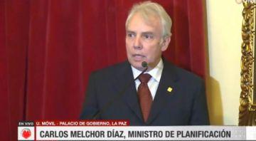 Áñez posesiona a Carlos Melchor Díaz como ministro de Planificación